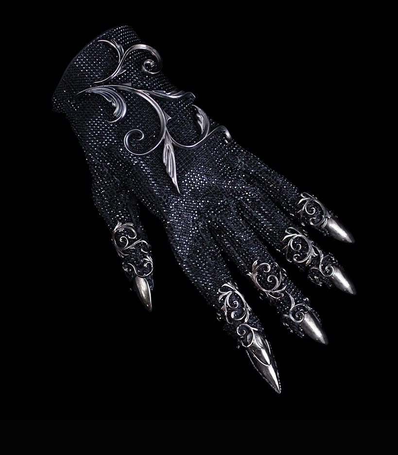 Swarovski Jet crystal glove, sterling silver details, blade at fingertip<br>American Horror Story 2015, Entertainment Weekly magazine<br>Costumer Lou Eyrich